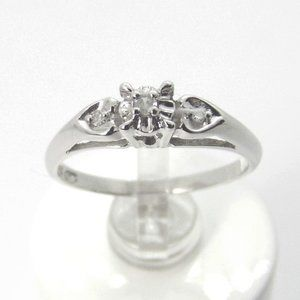 10K White gold Diamond Baroque Engagement ring